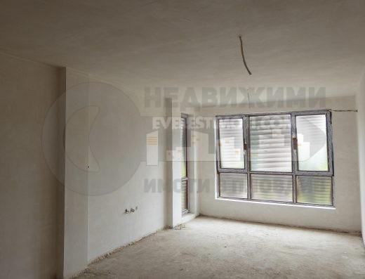 Тристаен апартамент в Пловдив