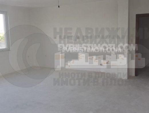 Тристаен апартамент в нова сграда в кв.Кършияка- Пловдив