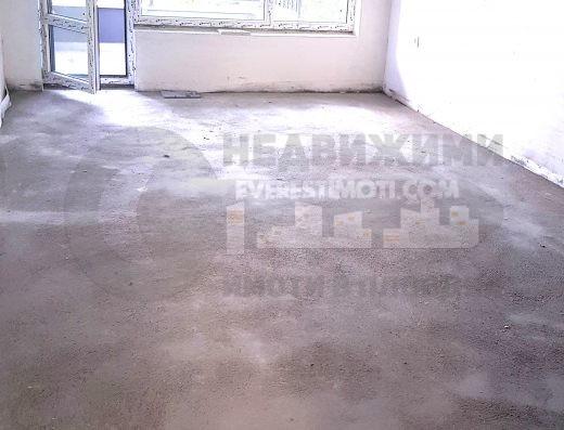 Тристаен нов апартамент в кв.Въстанически– Пловдив.