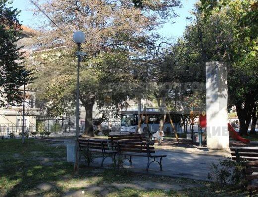 Двуетажна тухлена къща - началото на Прослав - Пловдив