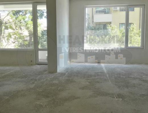 Нов Тристаен апартамент в Луксозна сграда в Центъра на Пловдив