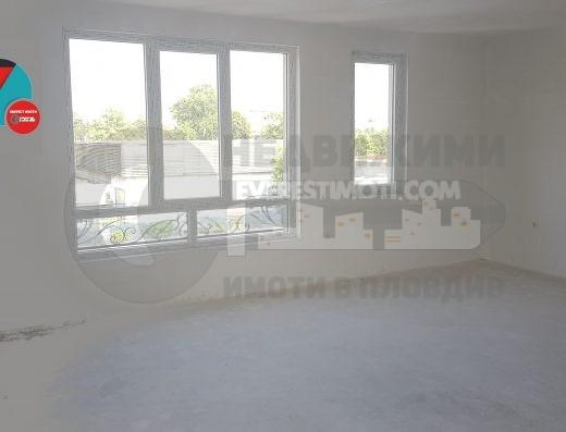 Двустаен нов апартамент в Кючук Париж /Гараж/-Пловдив.