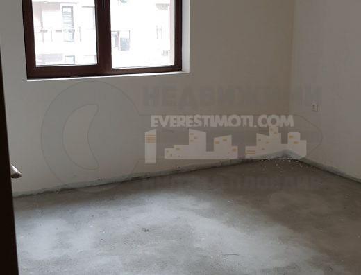Супер инвестиция! Тристаен апартамент в бутикова сграда на центъра на Пловдив