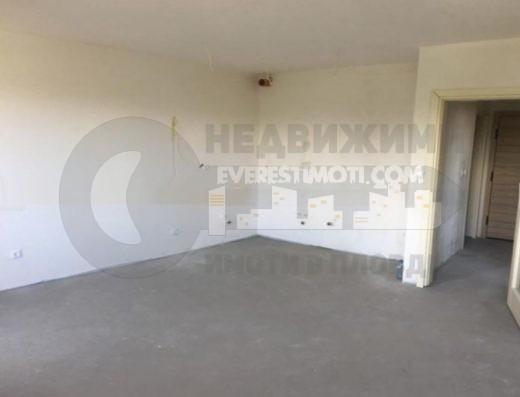 Двустаен апартамент в Каменица II-гр.Пловдив