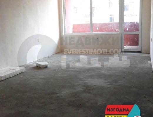 Нов Панорамен Тристаен апартамент в кв.Тракия- Пловдив