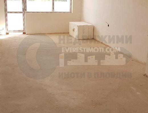 Нов просторен тристаен апартамент в кв.Тракия – Пловдив