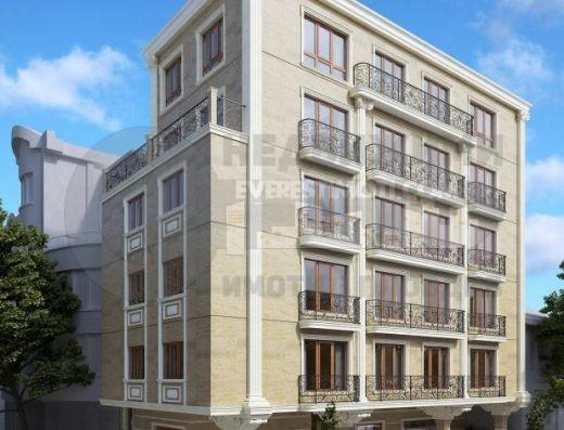 Парцел за жилищно строителство на равна тиха улица - Младежки хълм - Пловдив