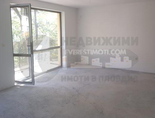 Многостаен Просторен апартамент с акт16 и Гараж до ТЕТ Ленин-Пловдив