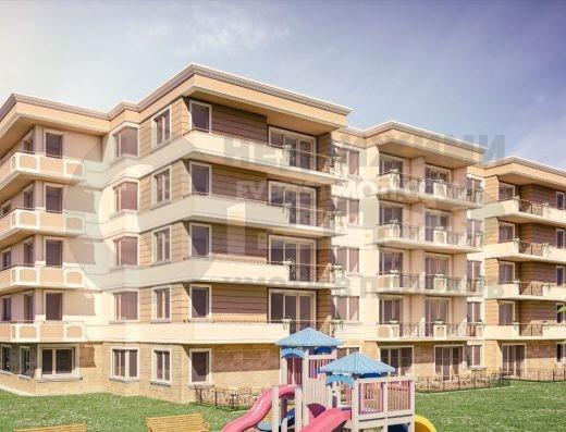 Тристаен апартамент в Луксозен Комплекс до Гребна база гр. Пловдив
