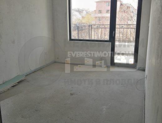 Двустаен готов апартамент с ПАРКОМЯСТО до парк Белите брези гр. Пловдив