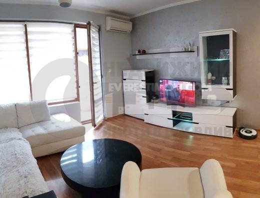 Двустаен стилно обзаведен апартамент до Пощата в Кършияка - Пловдив