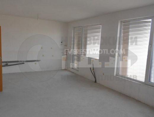 Тристаен готов апартамент в нова сграда до Мебелна къща, кв. Тракия – Пловдив