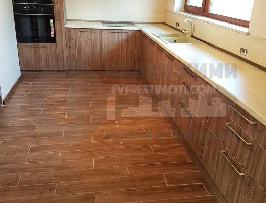 Нова двуетажна енергоспестяваща къща завършена луксозно до ключ в новата част на с. Белащица