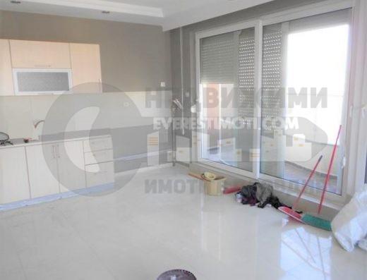 Тристаен панорамен апартамент до ключ в нова сграда - Мебелна къща, кв. Тракия - Пловдив