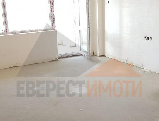 Тристаен апартамент в нова сграда в кв. Тракия - Пловдив