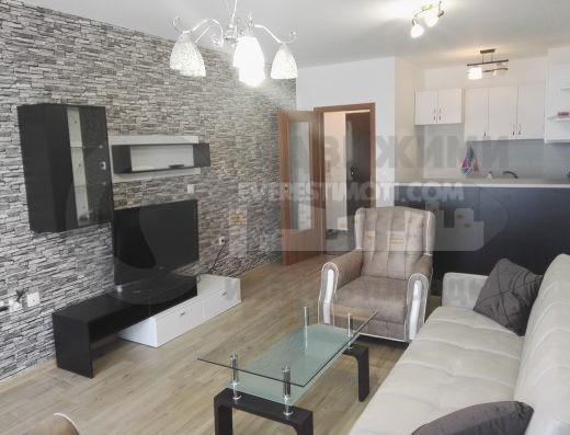 Чисто нов двустаен обзаведен апартамент до МОЛ Плаза гр.Пловдив
