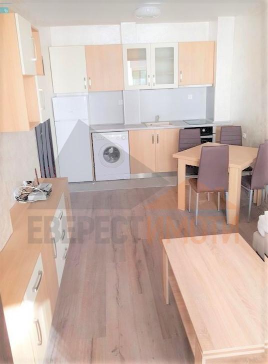 Двустаен стилно обзаведен апартамент до х-л СПС в Тракия – Пловдив
