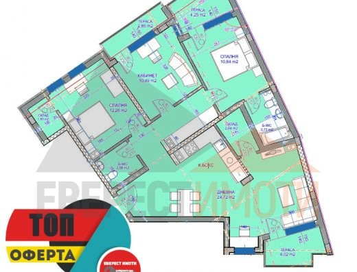 Многостаен просторен апартамент в подножието на Стария град в Пловдив