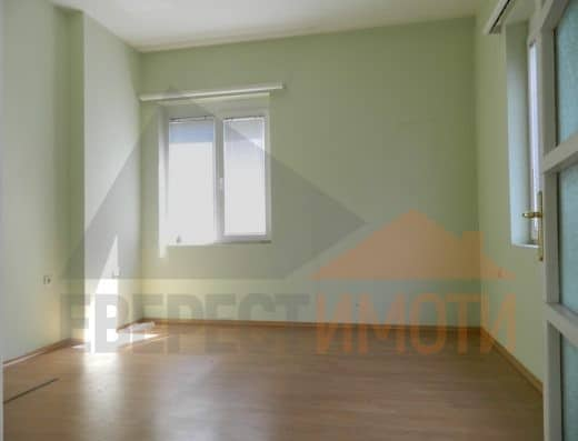Завършен до ключ, аристократичен етаж от къща в Суперцентър, гр. Пловдив
