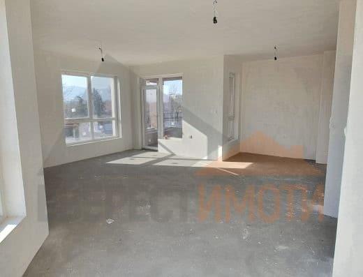 Тристаен апартамент с южен хол и веранда в нова малка сграда в кв. Остромила - Пловдив